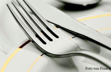 Küchenmesser und gutes Besteck sollte man besser per Hand spülen